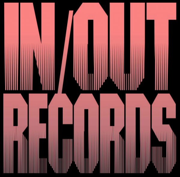 Логотип компании Студия звукозаписи IN/OUT Records.